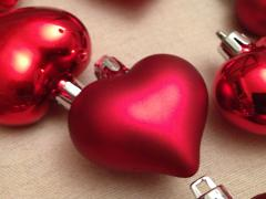 Toys on the Christmas tree (hearts)